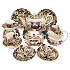 Crown Derby tea and coffee service, Japan pattern ca 1815