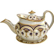 Stunning New Hall teapot with stand, boat shape patt. 922 Regency Period, ca 1810