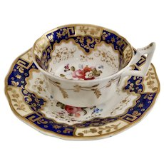 New Hall teacup, Chinese keys and flowers patt. 812, ca 1825