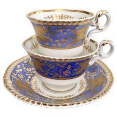 Spode tea/coffee cup trio, patt. 4259 periwinkle with raised gilt, 1828