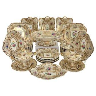 Stunning 33 piece Spode Felspar dessert service, gilt and flowers, 1824