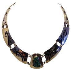 Vintage Native American Hopi Sterling Silver necklace with gorgeous turquoise stone 17 1/2""
