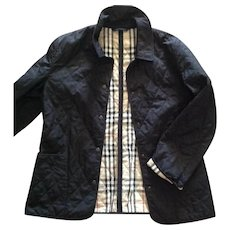 Genuine vintage Women's Burberry London Black Quilted Barn Jacket Coat Size M in Pristine condition