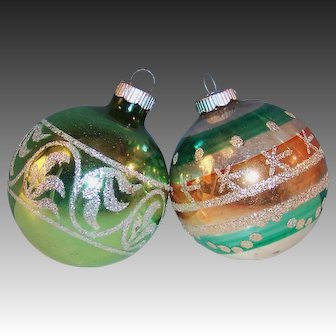 "TWO Large Vintage 3"" Shiny Brite Stencil Designed Glass Ball Christmas Tree Ornaments"