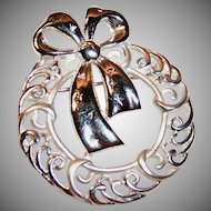 Danecraft Signed Christmas Wreath Pin