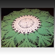 """Vintage Crocheted 16 1/2"""" Round Green & Ivory Doily"""