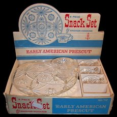 Early American Prescut (Star of David) 8 piece Snack Sets