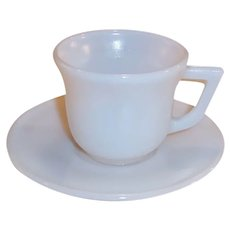 1950's Hazel Atlas Platonite White Demitasse / Espresso Set