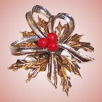 Vintage Holly & Bow Christmas Pin / Brooch