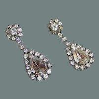 Sparkling Rhinestone Teardrop Pierced Earrings
