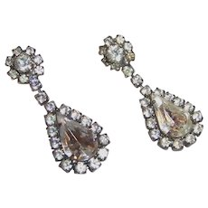 Sparkling Rhinestone Teardrop Pierced Earrings