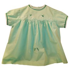 Vintage 1950's Mint Green Handmade and Embroidered Little Girls Cotton Dress (Approx. 12 months )