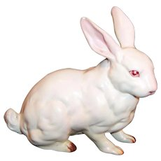Vintage Lefton H880 White Porcelain Easter Bunny Rabbit