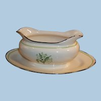 Homer Laughlin Eggshell Nautilus Gravy Boat w/ Attached Underplate