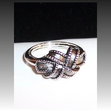 """Vintage 1970's Avon Love Knot or """"Ribbon"""" Ring; Size 7"""