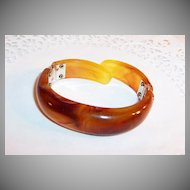 Marbled Lucite Double Hinged Clamper Bracelet