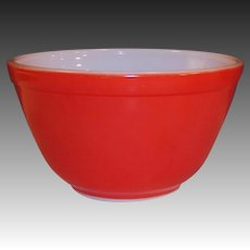 Vintage Red Pyrex Bowl  #401 (1 1/2 pt)