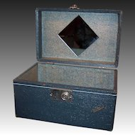 Vintage 1940's Vacationer Train Cosmetic Case Suitcase