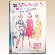 c.1967  Simplicity Bonus Basic Dress Pattern # 7509 Size 18 1/2