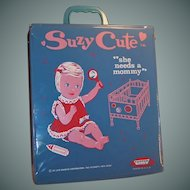 1965 Topper Suzy Cute Doll Suitcase, Case, Wardrobe