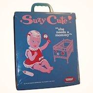 1965 Topper Suzy Cute Doll Suitcase, Case, Wardrobe