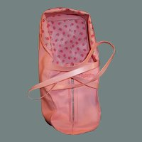 Vogue Ginnette Pink Plastic Zippered Toter / tOTE