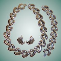 Signed Carolee Modernist Necklace, Bracelet, & Pierced Earrings Set