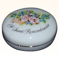 Avon 1982 Valentine Sweet Remembrance Trinket Box  Japan