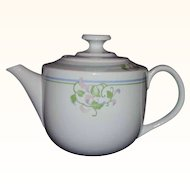Toscany Collection White Porcelain Tea Pot Pink Morning Glory Florals Japan