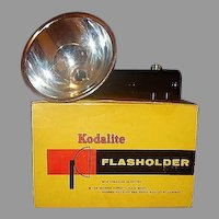 Kodalite Flasholder 710 for Brownie Hawkeye Bulls-Eye and Duaflex 3 Cameras in Original Box Lumaclad Reflector