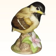 Andrea Baby Chickadee Porcelain Figurine with Pink Periwinkle Flower 9605 Sadek