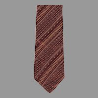 Pierre Cardin Paris New York Imported Silk Necktie 4 inches wide