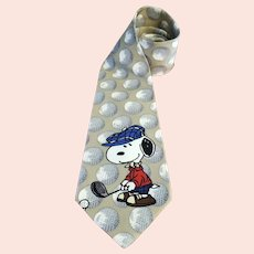 Snoopy Peanuts Golf Necktie Well Above Par Imported Silk 56 inches USA