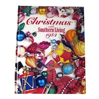 Christmas With Southern Living 1984 Vintage Craft Book / Home Decor / Holiday Decor / DIY / Recipes / Cookbook