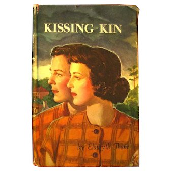 First Edition Fiction Book KISSING KIN by Elswyth Thane 1940s adult fiction.