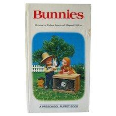 Puppet Picture Book BUNNIES Tadasu Izawa and Shigemi Hijikata Real Photo Puppet Illustration