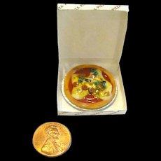 Dollhouse Pizza in Box - Miniature Restaurant - Mini Food