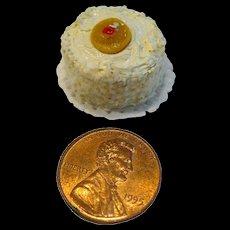 Miniature Lemon Cake - Dollhouse Miniature Bakery