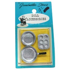 Miniature Pot and Muffin Pan Set Grandmother Stover Doll Accessories - Dollhouse Miniatures