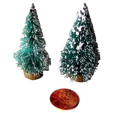 Dollhouse Bottle Brush Christmas Trees - Doll House Miniatures - Dollhouse Holiday Decor