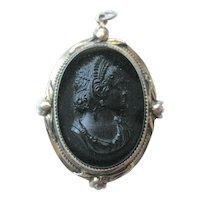 Black Glass Cameo Locket Pendant / 1940s Pendant / Vintage Fashion / Vintage Jewelry / Womans Gift Jewelry