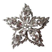White Rhinestone Star Pin / Vintage Jewelry / Vintage Brooch / Wedding Bouquet / Rhinestone Brooch