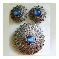 Demi Parure -- Blue Glass, Rhinestone  Filigree Pin & Earrings