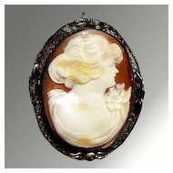Beautiful Shell Cameo Brooch