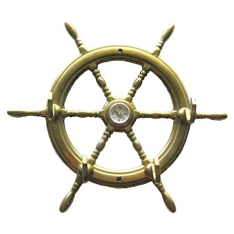 Vintage Brass Metal Ship Wheel Key Hooks With Center Compass - Vintage Home Decor - Wall Hooks - Ship Wheel