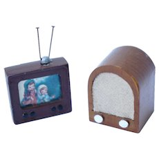 Miniature Dollhouse Television and Radio / Cast Metal Miniature TV / Wooden Old Fashioned Radio