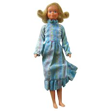 Quick Curl Skipper Doll No 4223 - 1975 Vintage Barbie Doll - Pose N Play Skipper - Mattel Skipper Doll - Barbies Little Sister Doll