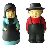 Amish Couple Salt and Pepper Shakers Perfect for Dinner Table - Vintage Kitchenware - Collectible Shakers - Figural Shakers