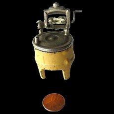 Kilgore Cast Iron Washing Machine with Ringer / Miniature Cast Iron Dollhouse / Dollhouse Miniature