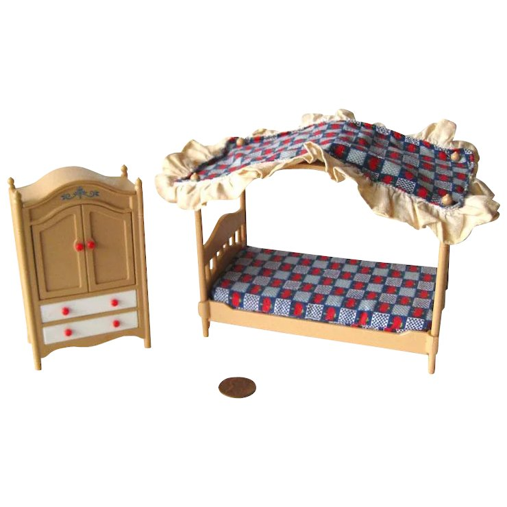 Tomy Dollhouse Bedroom Four Poster Bed And Wardrobe Dollhouse Bed